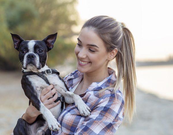 Evo zbog čega vaš pas neprestano laje