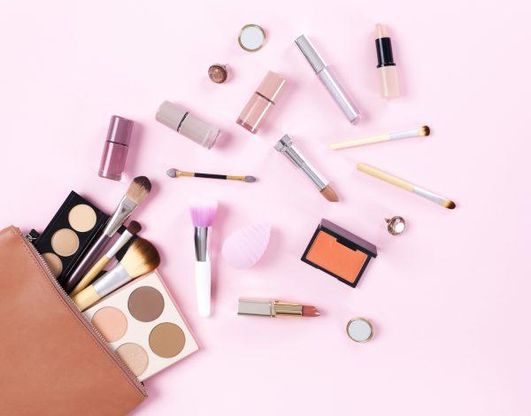 Evo kako prepoznati je li make-up koji koristite originalan i kvalitetan
