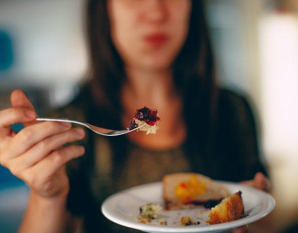 Ovu hranu ne biste trebali jesti nakon 16 sati