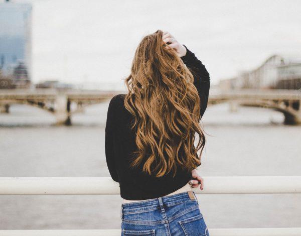 Znate li da kosu možete trajno oštetiti ako krivo koristite četku?