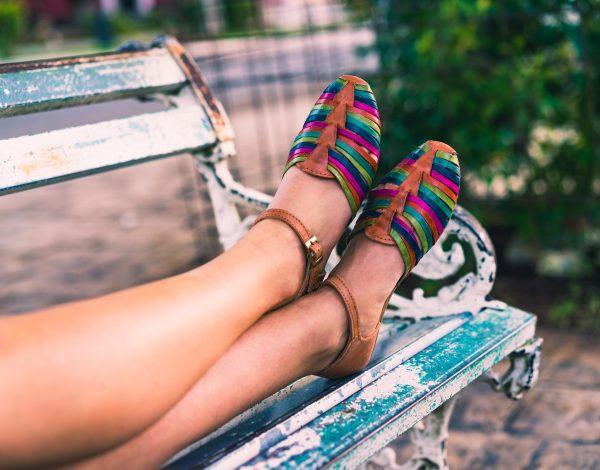 Je li za zdravlje stopala pametno nositi obuću bez čarapa?