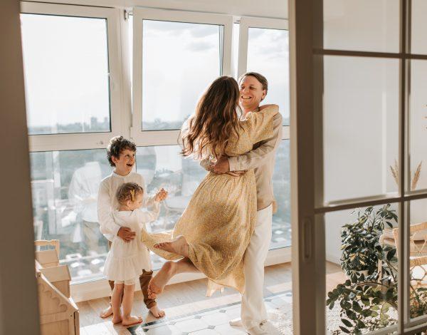 Evo što odnos s majkom govori o vašem partneru i o tome što možete očekivati u vezi