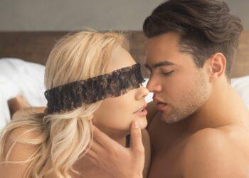 seks, povez za oči