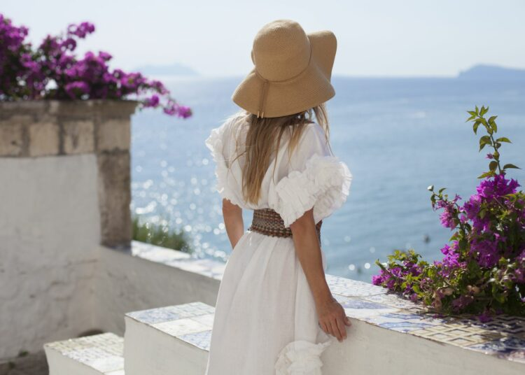 bijela ljetna haljina, bijela haljina sa sniženja