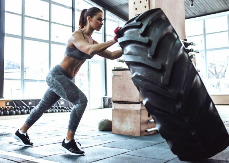 tyre workout, vježbe s velikom gumom