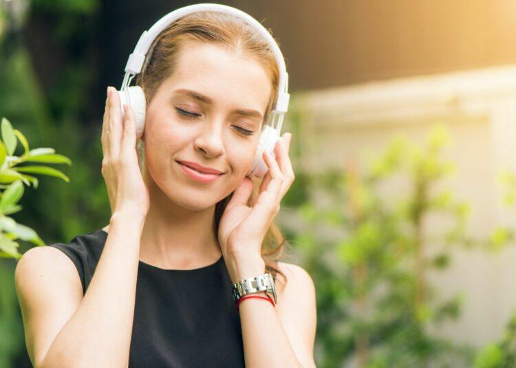 slušalice, sluh, gubitak sluha